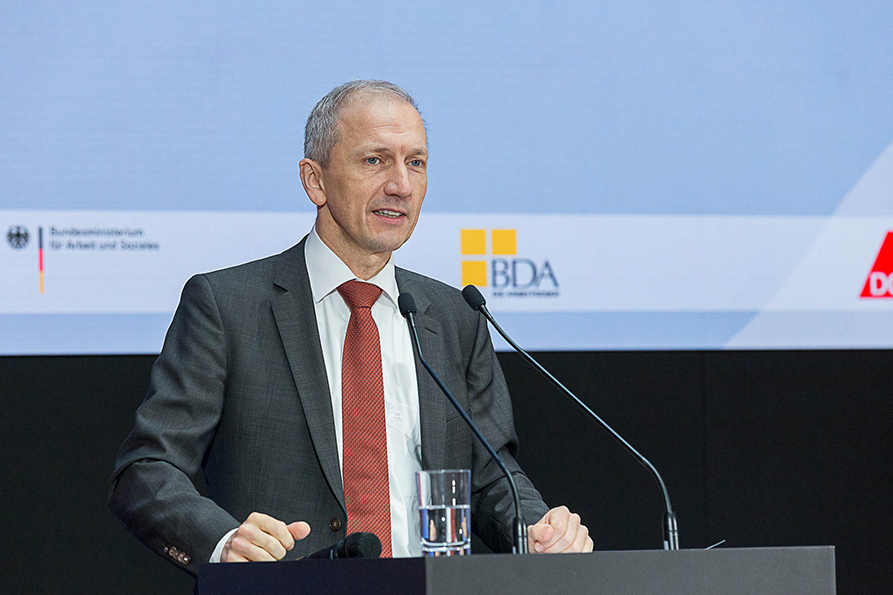 Alexander Gunkel, member of the senior management team of the BDA (Confederation of German Employers' Associations)